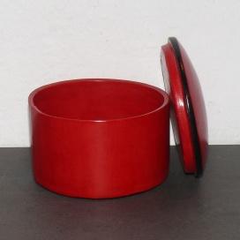 Ziegenlederdose rot